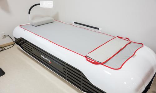 水圧による全身マッサージを受けられる最新式ウォーターベッド!